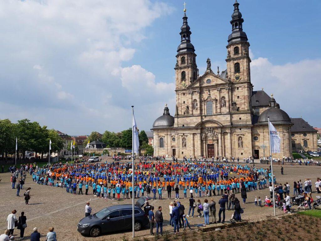 Treffen der musikalischen Grundschulen beim Domplatzevent